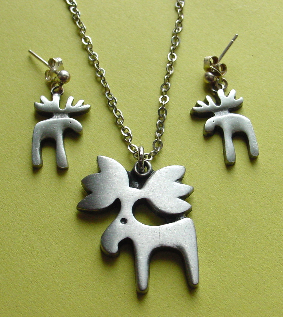 Midweek modness pewter rune tennesmed moose pendant and earrings pewter aloadofball Images