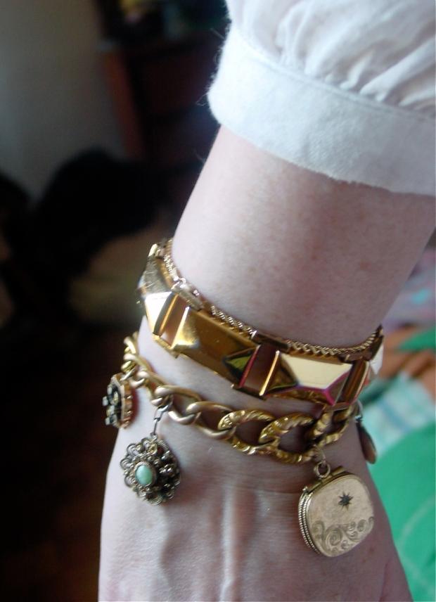GF Fob Charm bracelet, 10K chain, costume bracelet