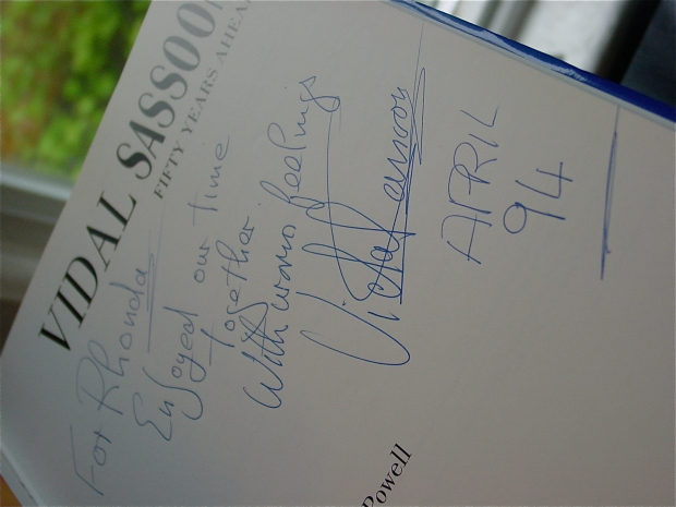 Vidal Sasson Autograph