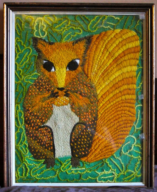 Crewel embroidery Squirrel