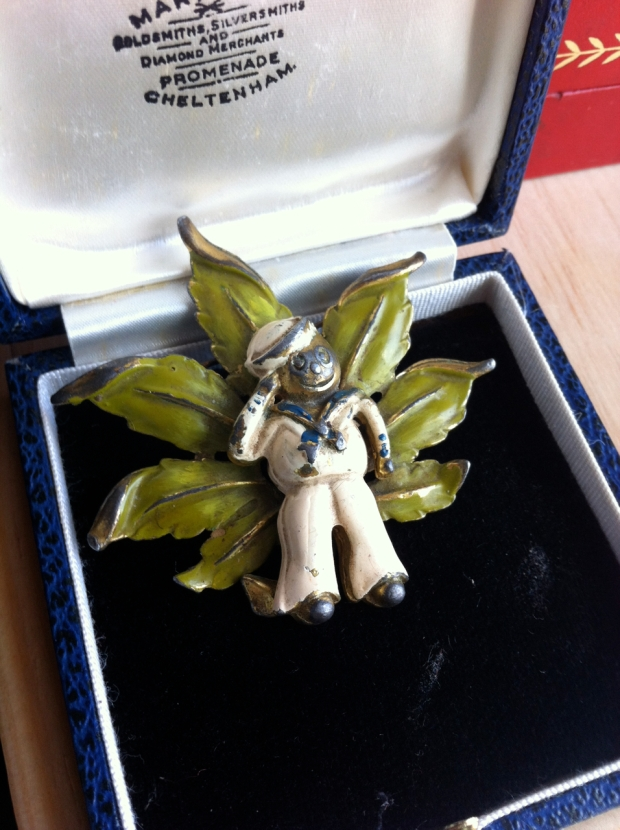 blog little nemo sailor brooch