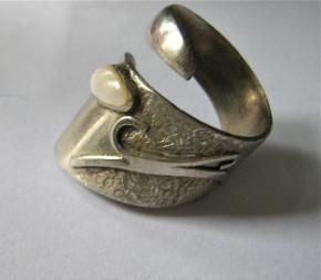 brutalist ring