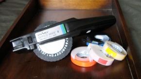 dymo labeling gun