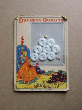 Vintage Duchess buttons on original card