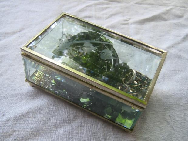 blog freebie casket