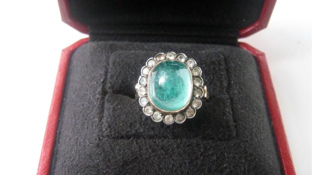 emerad white sapphire ring