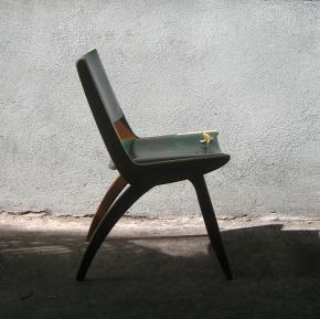henderson boomerang chair