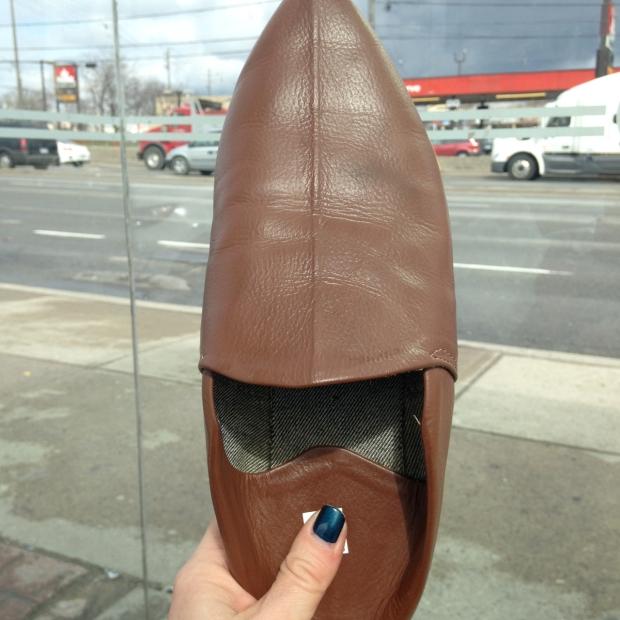berber shoe