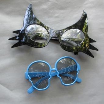 blog spooky sunglasses