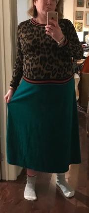 vv velour skirt